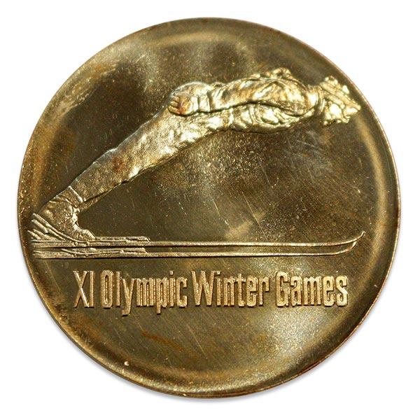 第11回札幌オリンピック(五輪)冬季大会記念金メダル K18(18金)